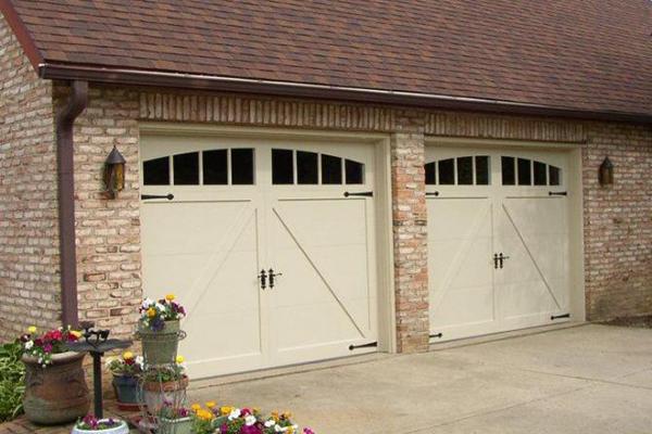how garage doors work