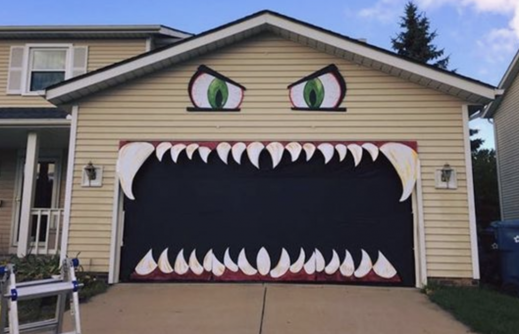 Halloween Monster Garage Door with Teeth Teeth